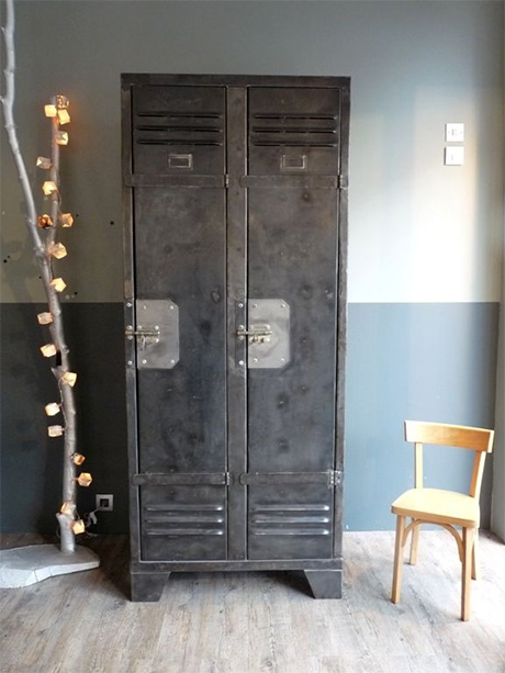 Inspirations pour une d co de chambre style industrielle for Armoire casier industriel