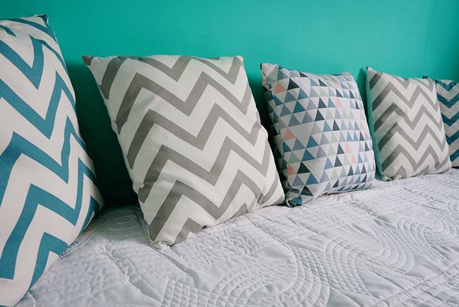 une chambre style scandinave nos conseilsle blog d co de made in meubles. Black Bedroom Furniture Sets. Home Design Ideas