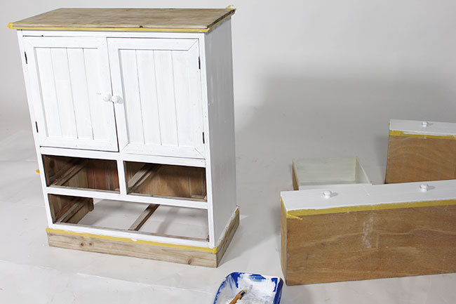 Diy customiser un meuble en bois le blog d co de made - Meuble customise peinture ...