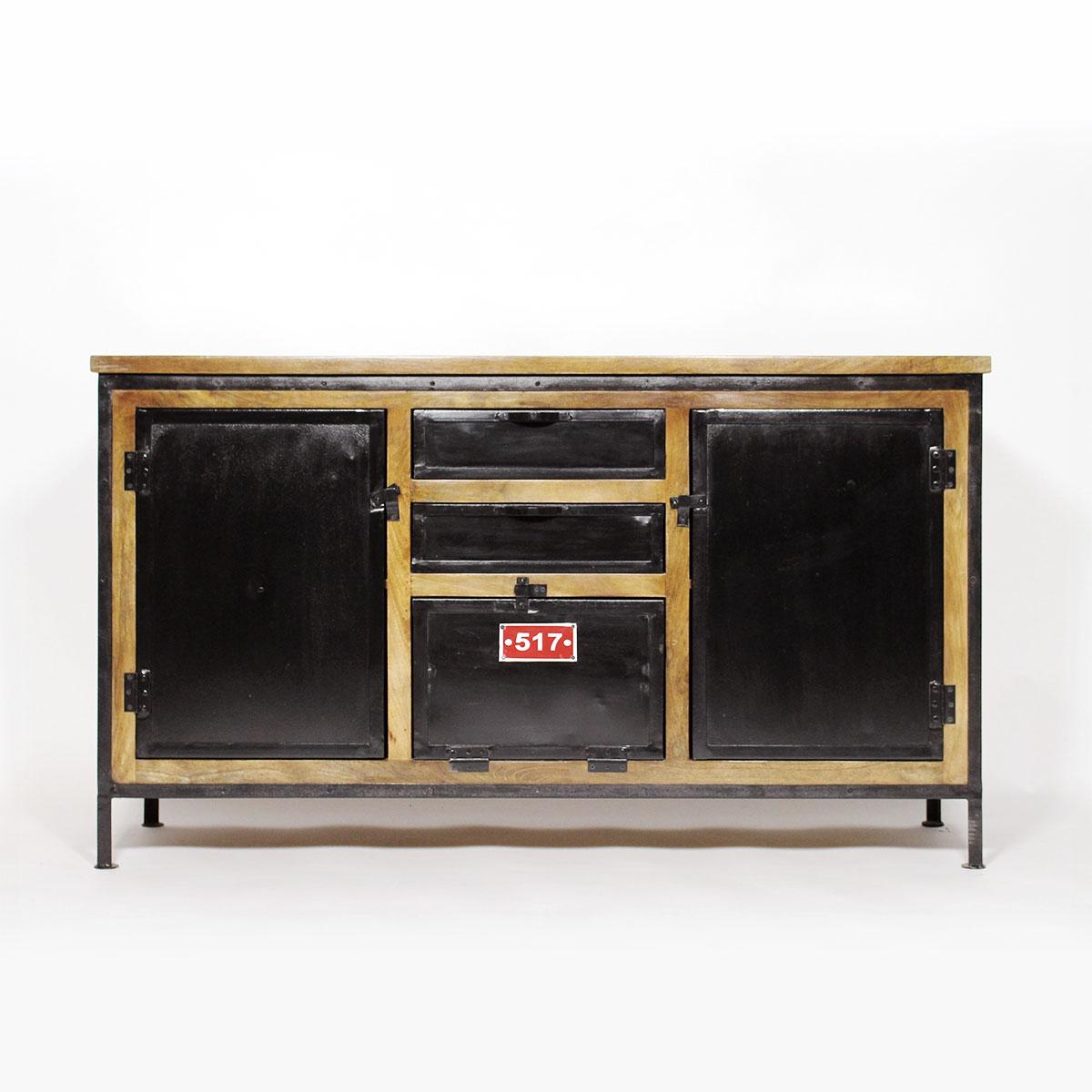 J 39 ose le noir dans ma cuisine type industriel le blog d co de made in - Vaisselier bois et metal ...