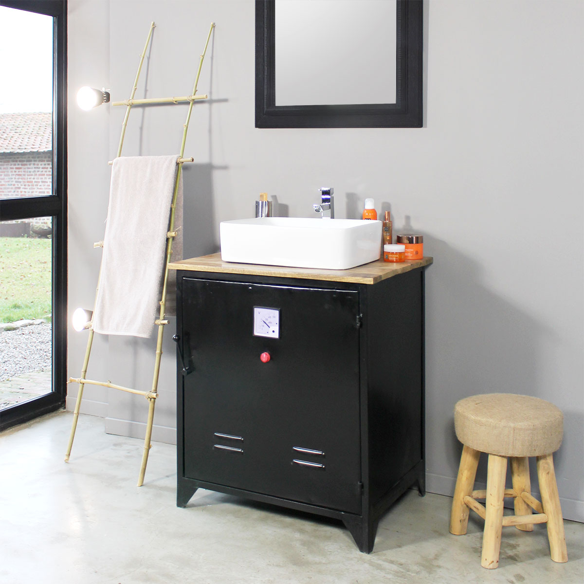 Conseils d co pour choisir son meuble salle de bain metal - Duo mobilier design gagnant jangir maddadi ...