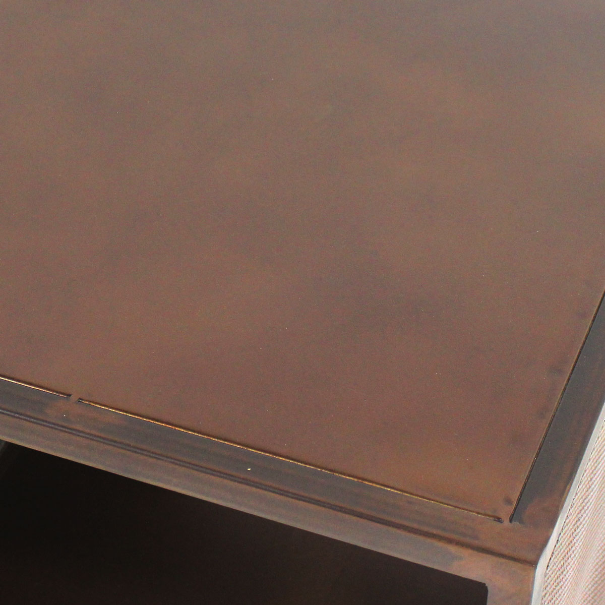Table basse finition rouille