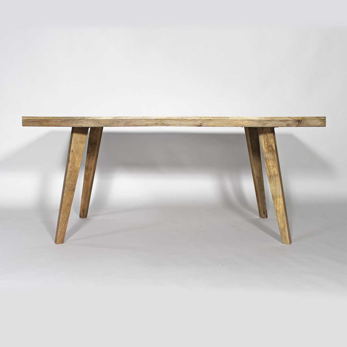 table repas scandinave en manguier