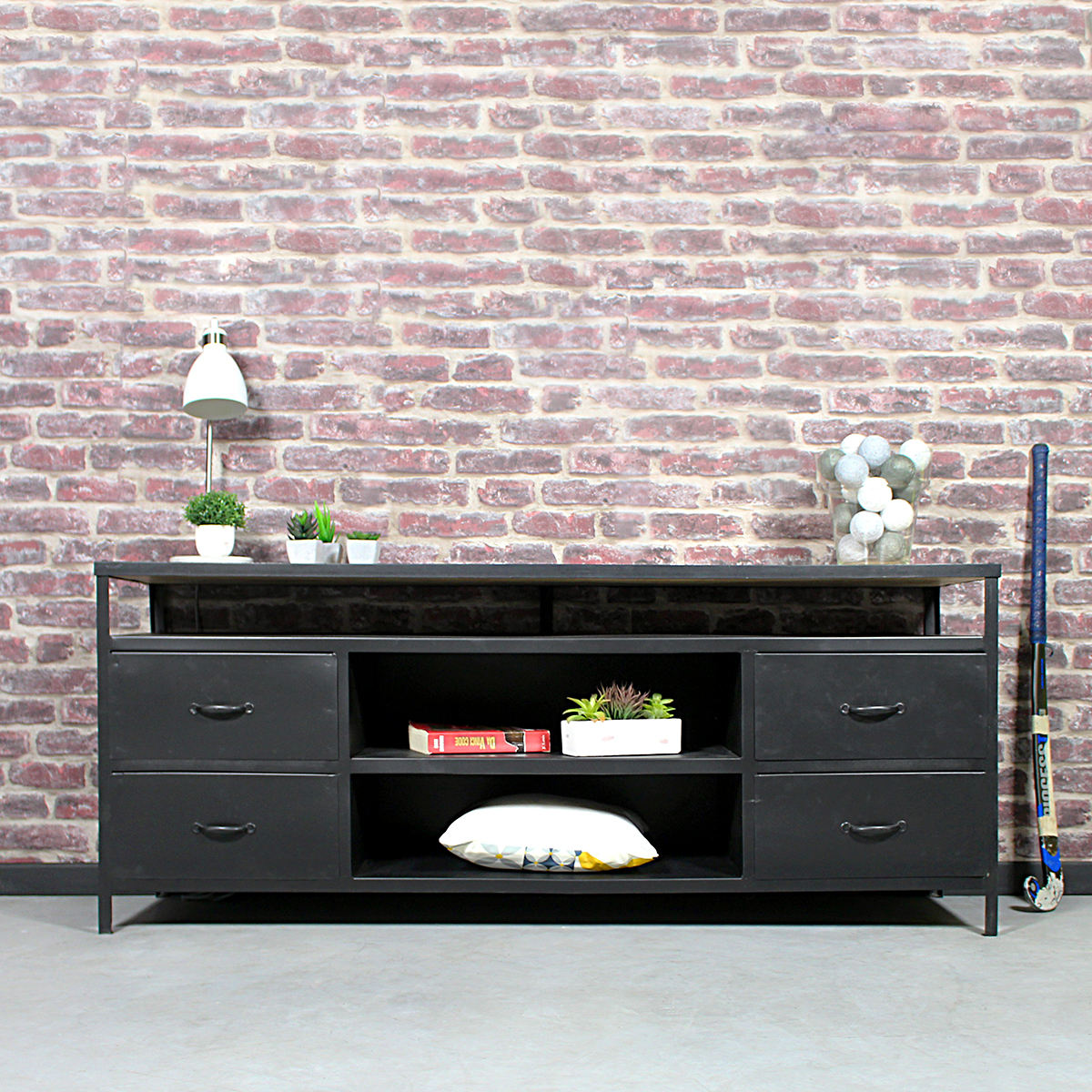 meuble tv industriel noir roulettes made in meubles. Black Bedroom Furniture Sets. Home Design Ideas